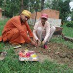 पत्रकार जोशीद्वारा शिवपुरीमा कल्पवृक्ष रोपण