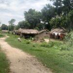 नदीपारिको नेपाली बस्ती : सौच गर्न पनि भारतकै भर